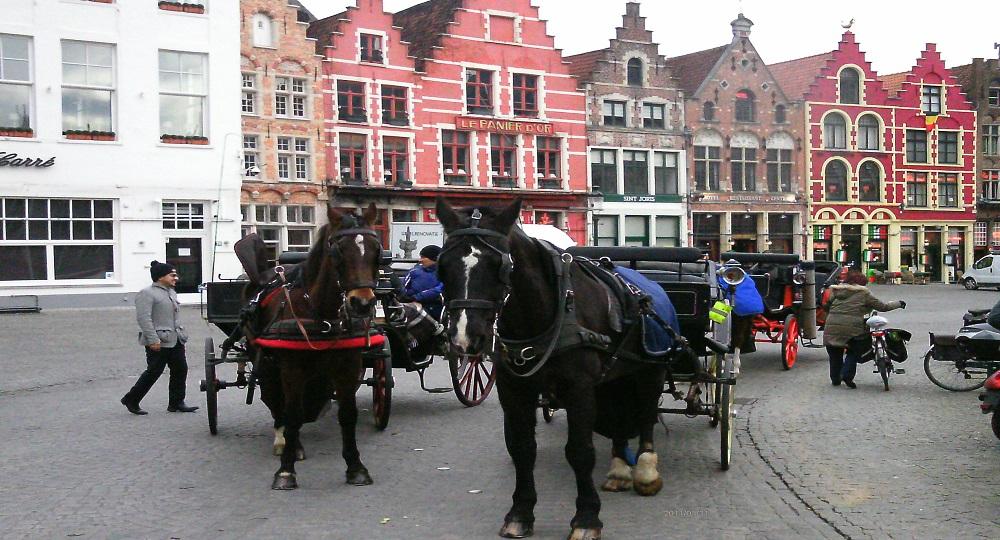 Tem Na Web - Conheça a cidade de Bruges, uma cidade de áurea medieval